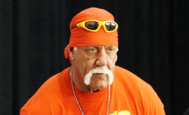 ¿Podría estar WWE planeando traer a Hulk Hogan al show de Arabia Saudita?