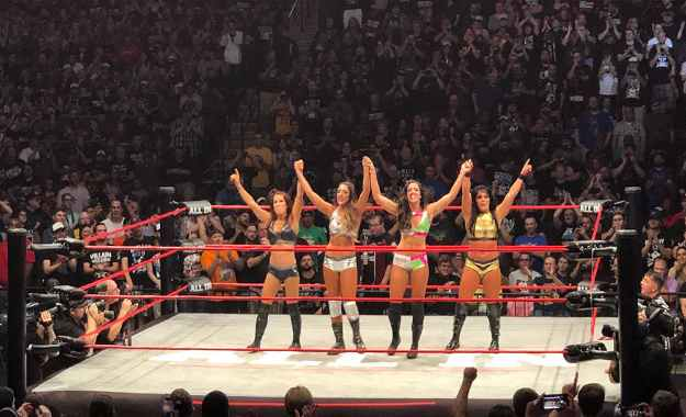 All Elite Wrestling podría tener una división femenina