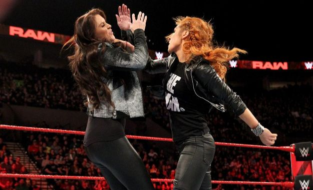 Becky Lynch RAW