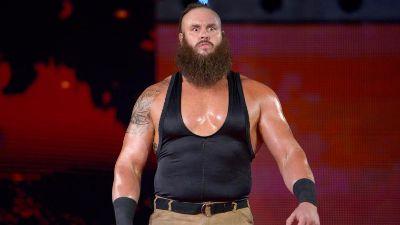RAW: Strowman vs Kane
