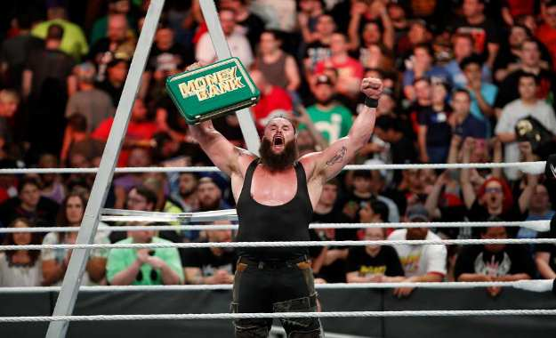 Razón por la que Braun Strowman canjeó el maletín de Money in the Bank en Hell in a Cell