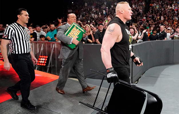 Brock Lesnar canjea su maletín en Super ShowDown
