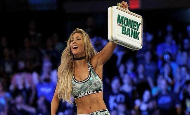 Carmella establece el record con el maletín Money In The Bank
