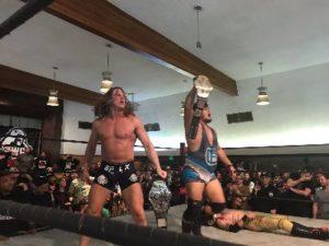 Cobb y Riddle nuevos campeones por parejas de PWG