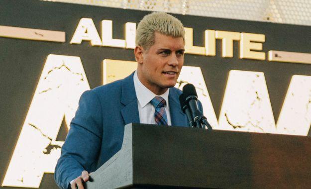 Cody Rhodes cirugía