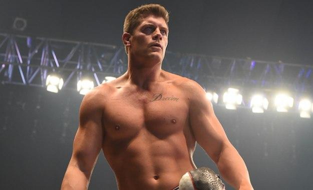 Cody lanza una indirecta a Triple H