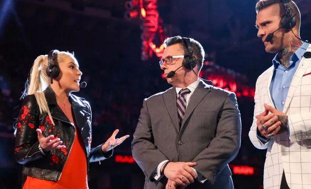 Comentaristas Royal Rumble