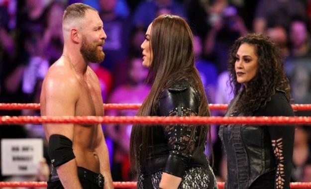 Dean Ambrose vs Nia Jax confirmado