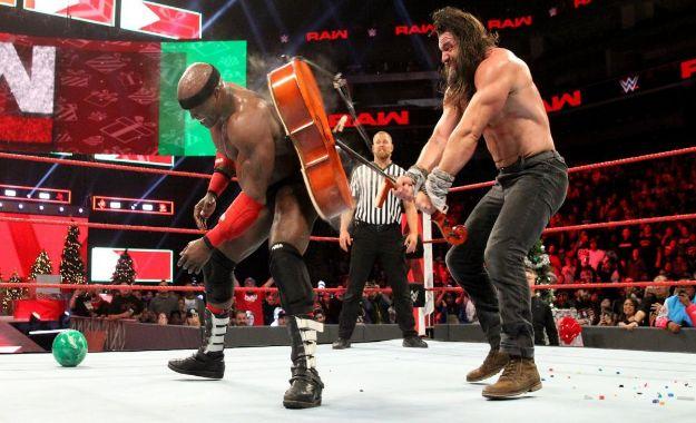 Elias venció a Lashley