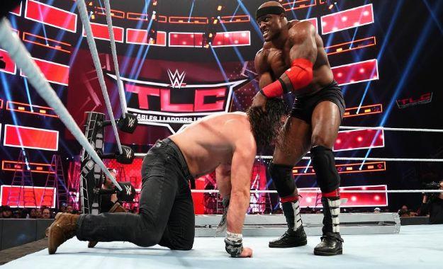Elias vs Lashley