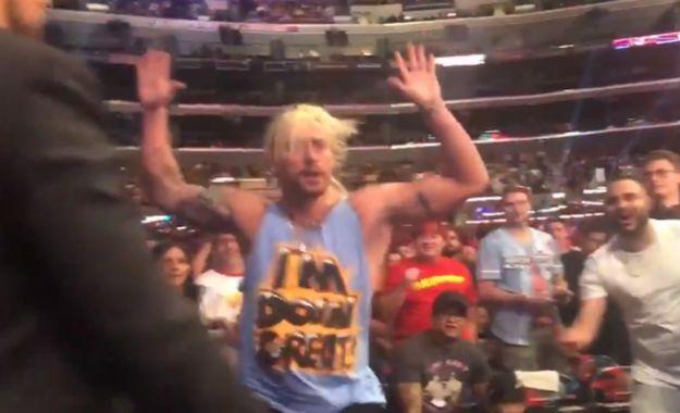 Enzo Amore presente en Survivor Series y es expulsado