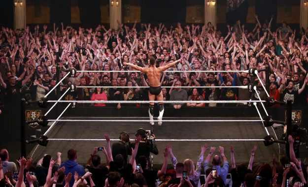 Finn Balor aparece en NXT UK Takeover y derrota a Jordan Devlin