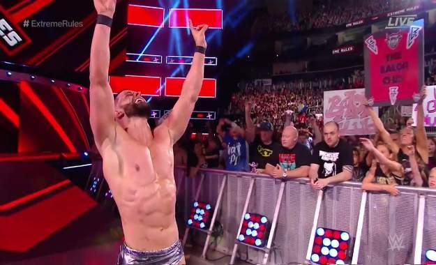 Finn Balor derrotó a Baron Corbin en Extreme Rules