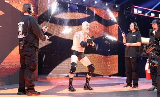 Gillberg defiende lo que falta en la lucha libre profesional de hoy