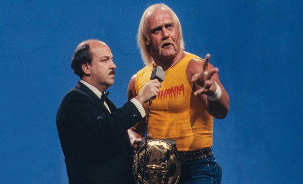 Hulk Hogan regresa a WWE RAW