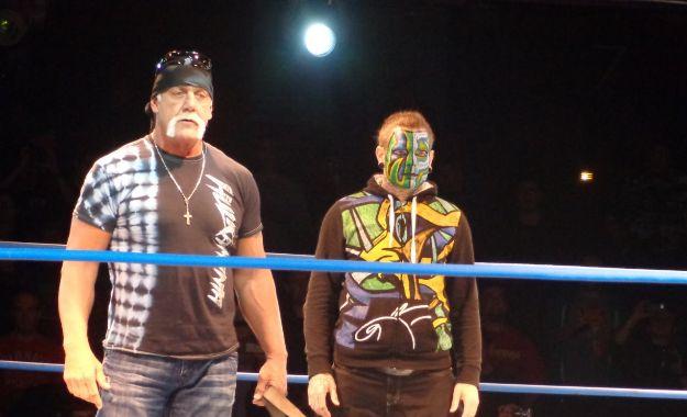 Jeff Hardy vs Hulk Hogan