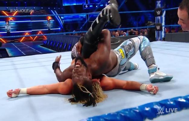 Kofi Kingston derrota a Dolph Ziggler en WWE SmackDown Live