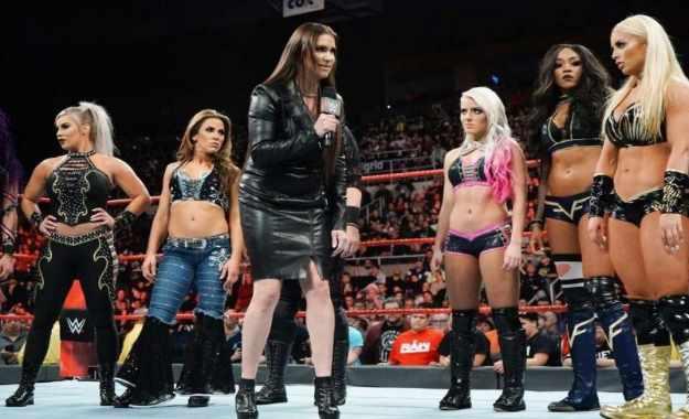 Las luchadoras de WWE podrían luchar en el próximo show de Arabia Saudita