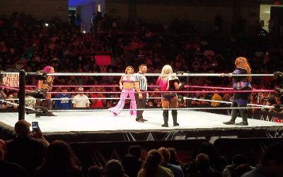 Live show de WWE RAW en Arlington