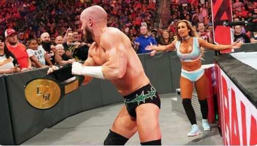 Mike Kanellis gana el campeonato 24_7 de WWE en WWE RAW (1)