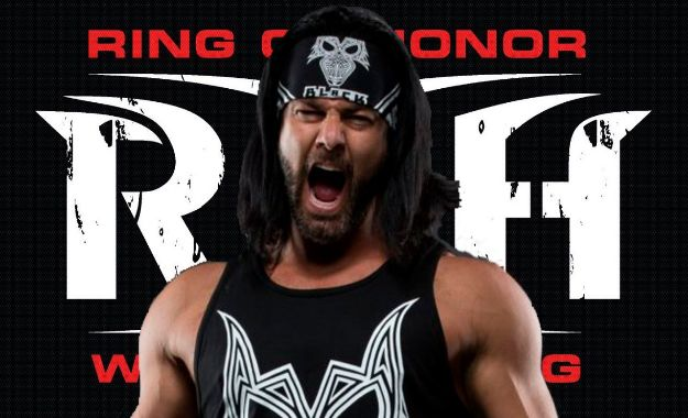 PJ Black firma con Ring of Honor