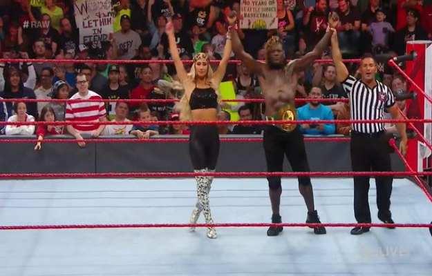 R-Truth retiene el campeonato 247 en WWE RAW