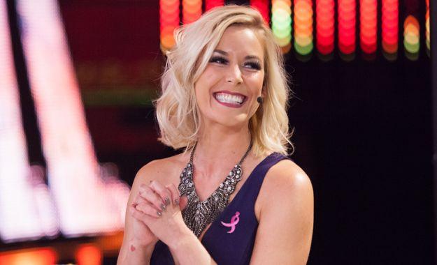 Renee Young comenta las posibilidades de haber una Women's Tag Team division en WWE