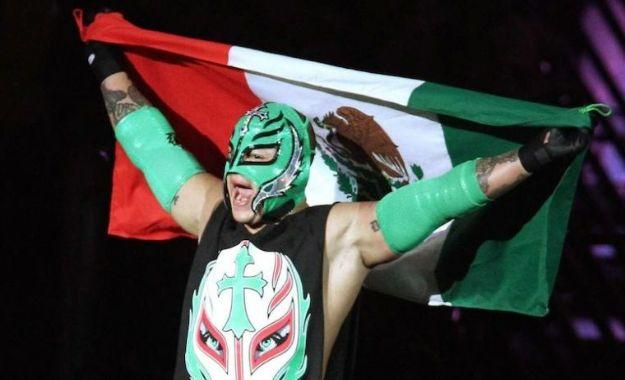 Rey Mysterio ha regresado para disparar el interés latino en la audiencia de WWE