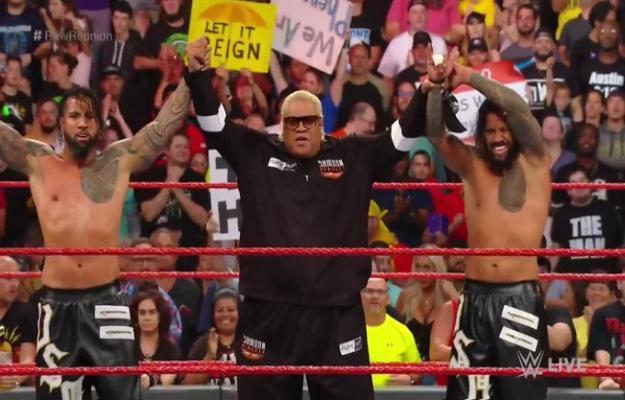 Rikishi regresa en RAW Reunion