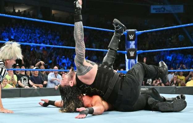 Roman Reigns derrota a Dolph Ziggler en SmackDown Live