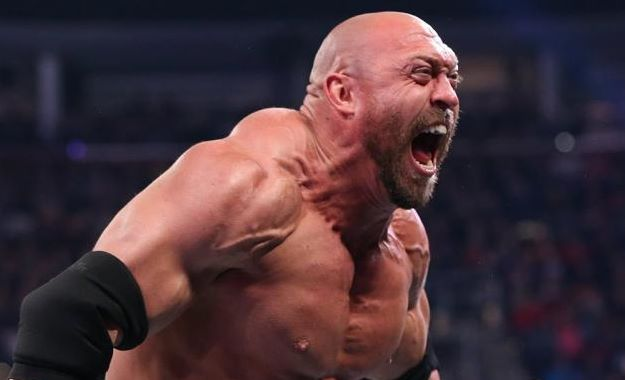 Ryback y el Feed Me More