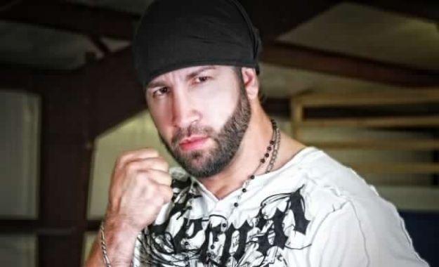 Shane Helms comparte sus pensamientos sobre Enzo Amore invadiendo WWE Survivor Series