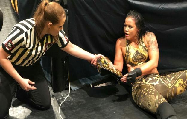 Shayna Baszler retiene el campeonato femenino de WWE NXT contra Io Shirai