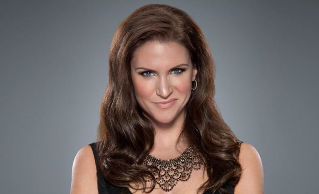 WWE noticias Stephanie McMahon, Evolution