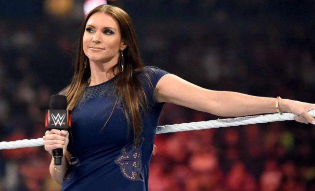 Stephanie Mcmahon dice que WWE Evolution es el Wrestlemania de la división femenina