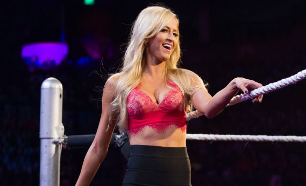 Summer Rae reacciona a que WWE la introduzca a una encuesta de WWE Evolution