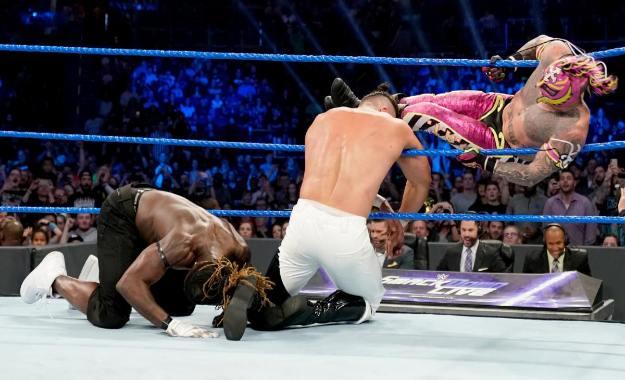 Surge el caos en SmackDown Live