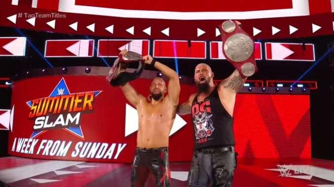 The OC son los nuevos campeones tag team de WWE RAW