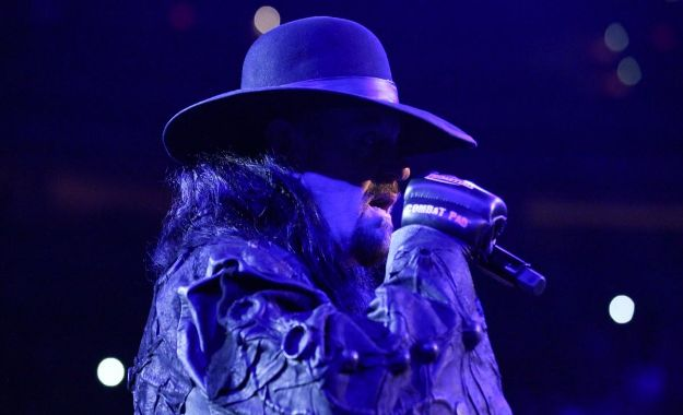 The Undertaker aparece en Smackdown 1000