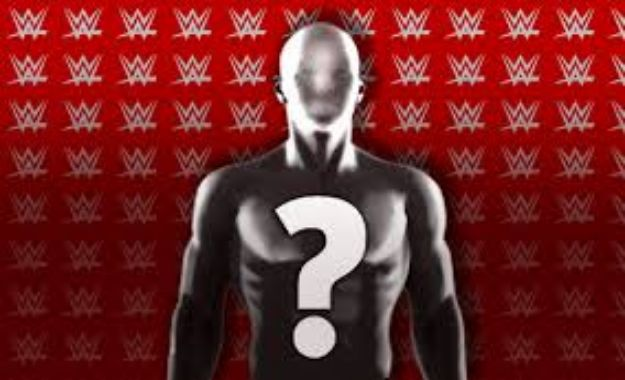 WWE Podría reemplazar a uno de sus General Managers muy pronto