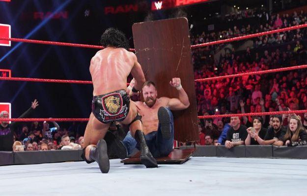 WWE RAW 25 marzo