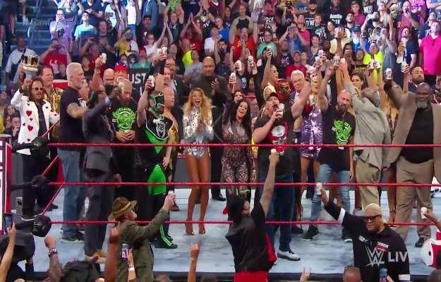WWE RAW Reunion en vivo 22 de Julio (Cobertura y resultados en directo)