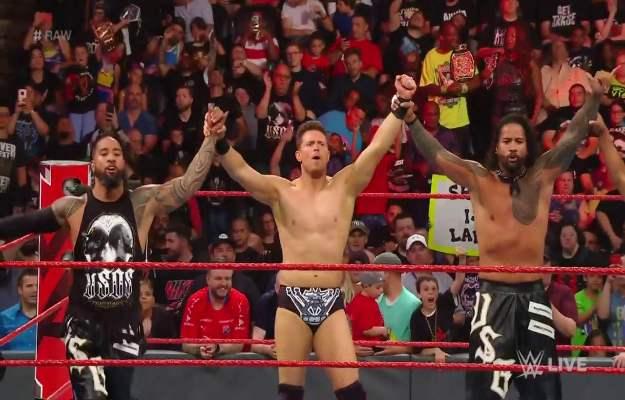 WWE RAW_ The Miz y The Usos derrotan a Elias y The Revival