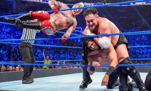 WWE Smackdown 1 de enero
