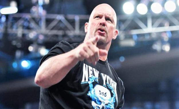 WWE tenía planes distintos para el cierre de WWE RAW la semana pasada