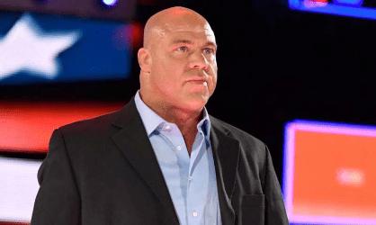 Kurt Angle como manager general de WWE RAW