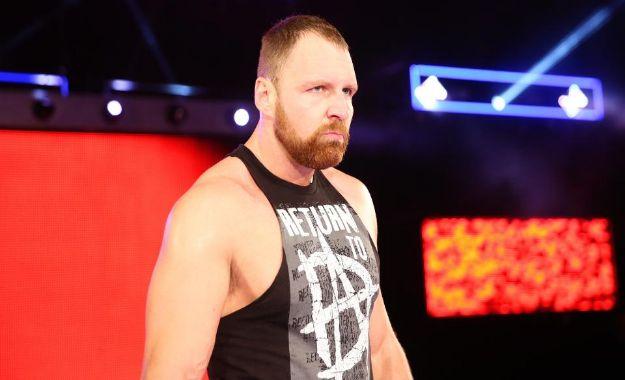Dean Ambrose luchó anoche en el Dark Match