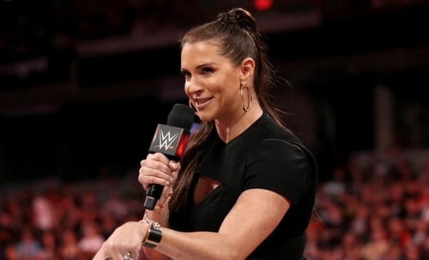 Rol de Stephanie McMahon en WWE Evolution
