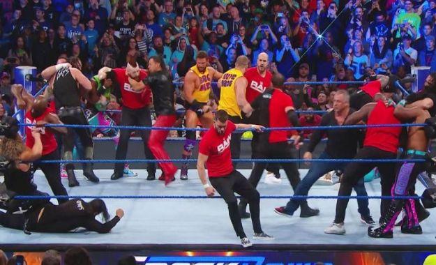 Los luchadores de RAW podrían invadir WWE Smackdown Live mañana