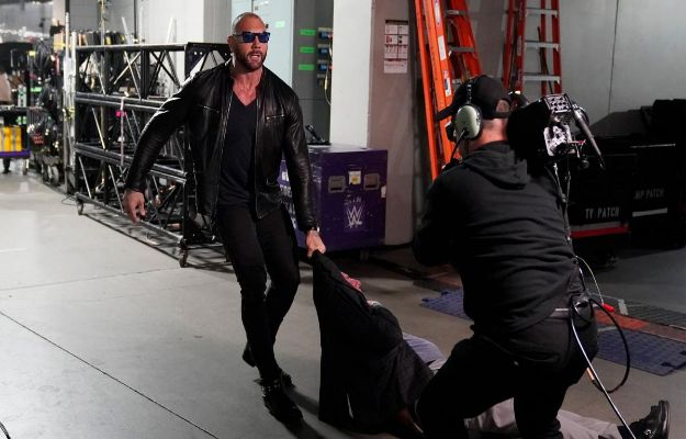 Batista regresa a WWE RAW
